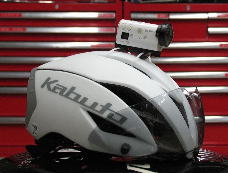 IMG_9053自転車ヘルメットにアクションカム